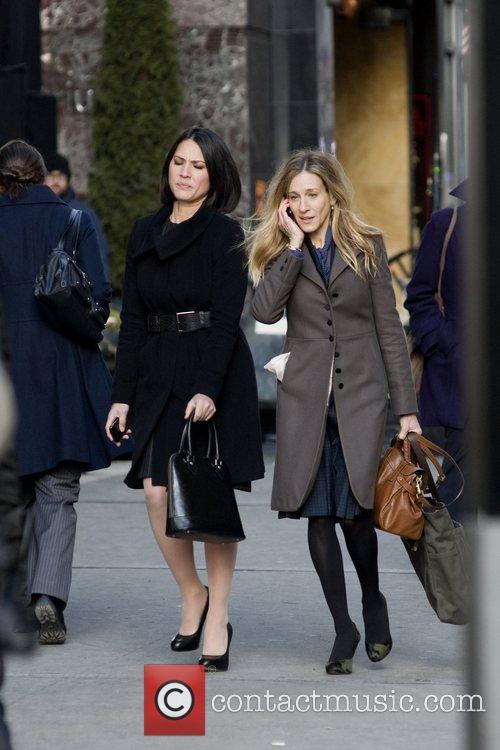 Olivia Munn and Sarah Jessica Parker 18