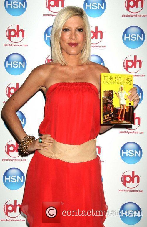 Tori Spelling and Las Vegas 11