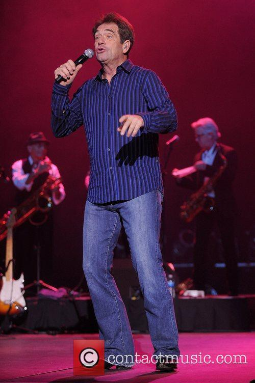 Huey Lewis, Hard Rock Hotel And Casino