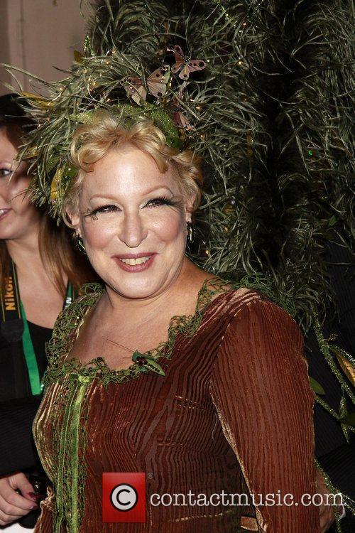 Bette Midler and Martha Stewart 10