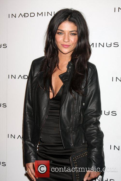 Jessica Szohr and Minus 1