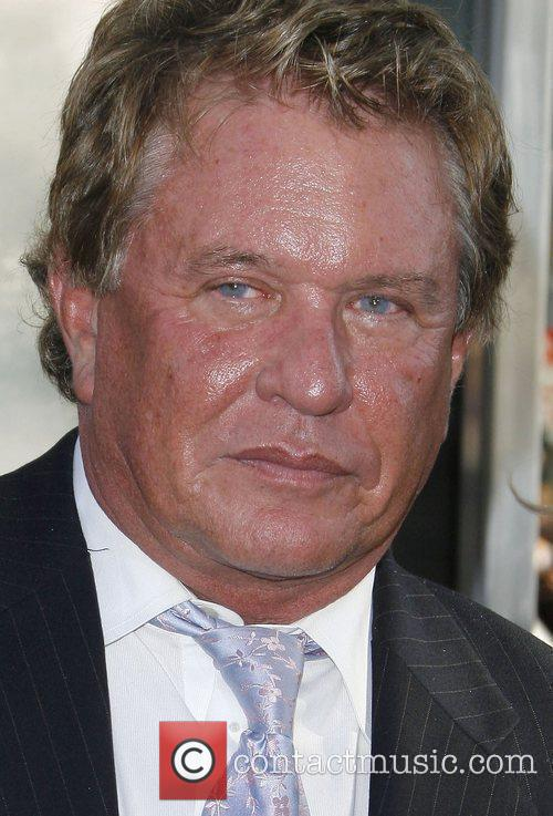 Tom Berenger and Bros 1