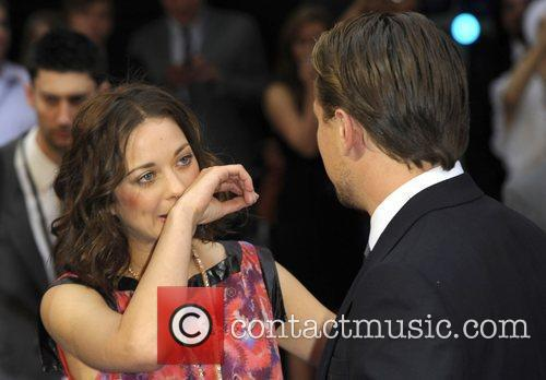 Marion Cotillard and Leonardo Dicaprio 10