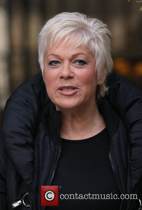 Denise Welch 4