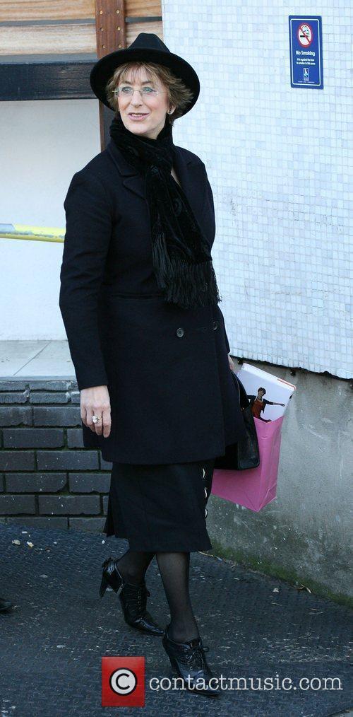 Maureen Lipman Celebrities outside the ITV television studios....