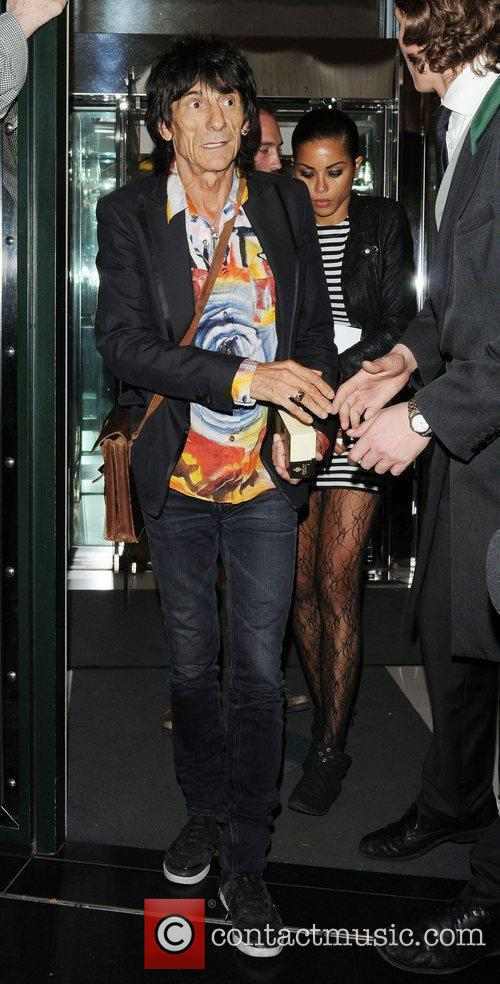 Ronnie Wood and Ana Araujo leaving the The Ivy Club in London's West End 2