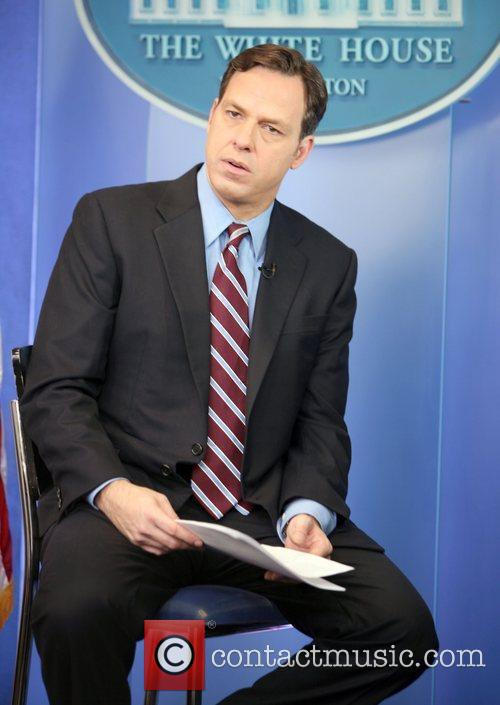 Fox Correspondent preparing to tape in the Briefing...