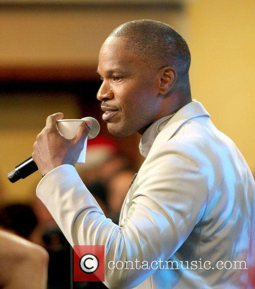 Jamie Foxx performing on Good Morning America Concert...