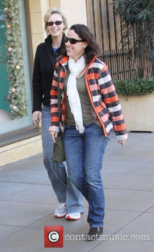 Jane Lynch and Dr. Lara Embry go shopping...