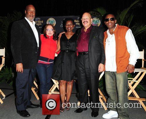 Event producer K. Leon Saunders, Teena Marie, Mayor...