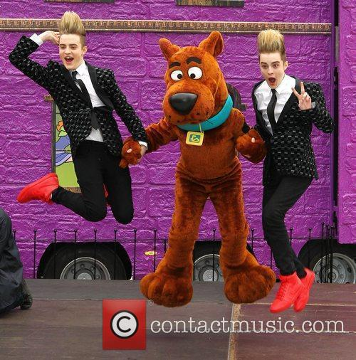 Jedward and Scooby Doo 31