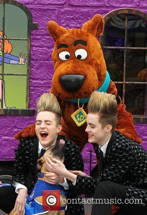 Jedward and Scooby Doo 12