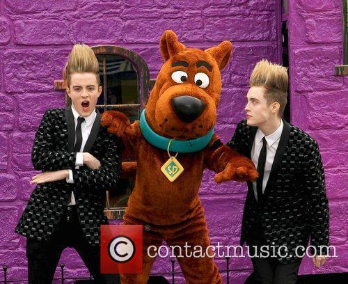Jedward and Scooby Doo 25