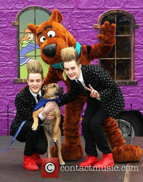 Jedward and Scooby Doo 26
