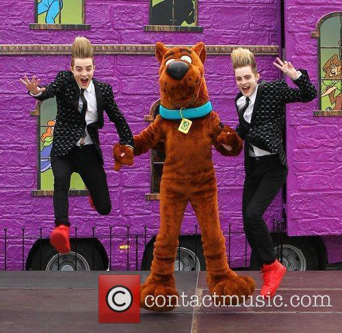Jedward and Scooby Doo 20