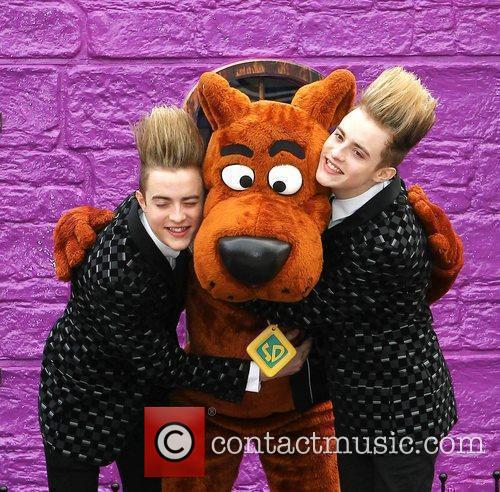 Jedward and Scooby Doo 7
