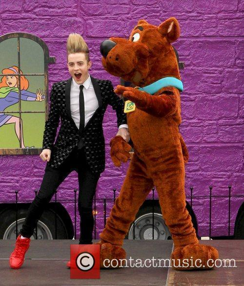 Jedward and Scooby Doo 8
