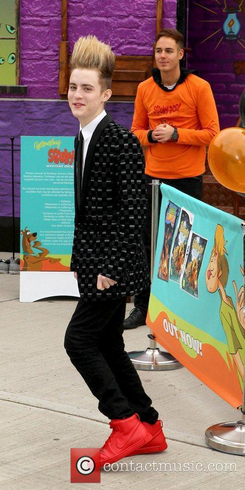 Jedward and Scooby Doo 10