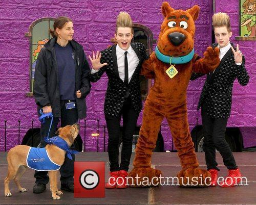 Jedward and Scooby Doo 21