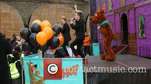 Jedward and Scooby Doo 23