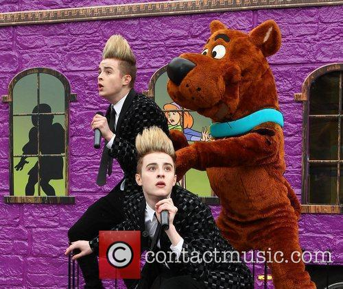 Jedward and Scooby Doo 29