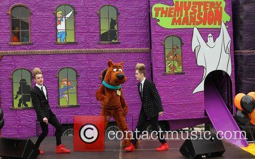 Jedward and Scooby Doo 6