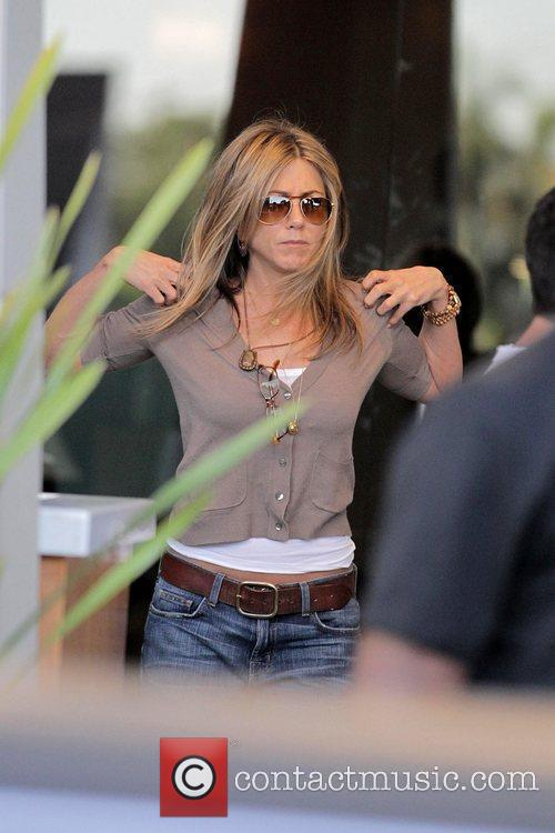 Jennifer Aniston filming scenes for her latest film...