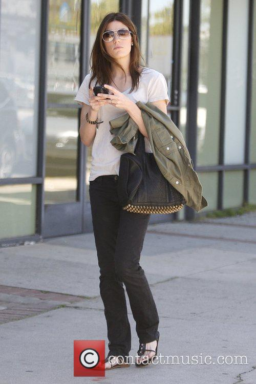 'Dexter' star Jennifer Carpenter shopping together at Satine...