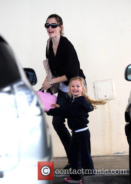 Jennifer Garner  picks up her daughter Violet...