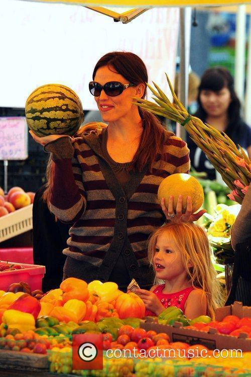 Jennifer Garner and Violet Affleck shopping at the...