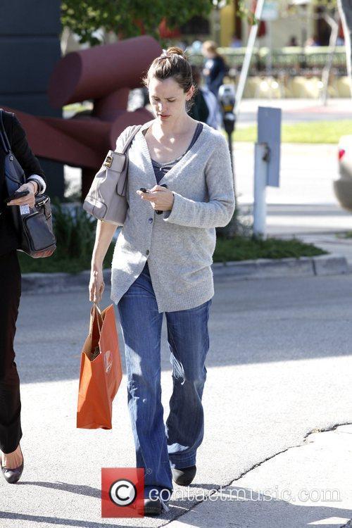 Jennifer Garner and a friend depart the Tavern...