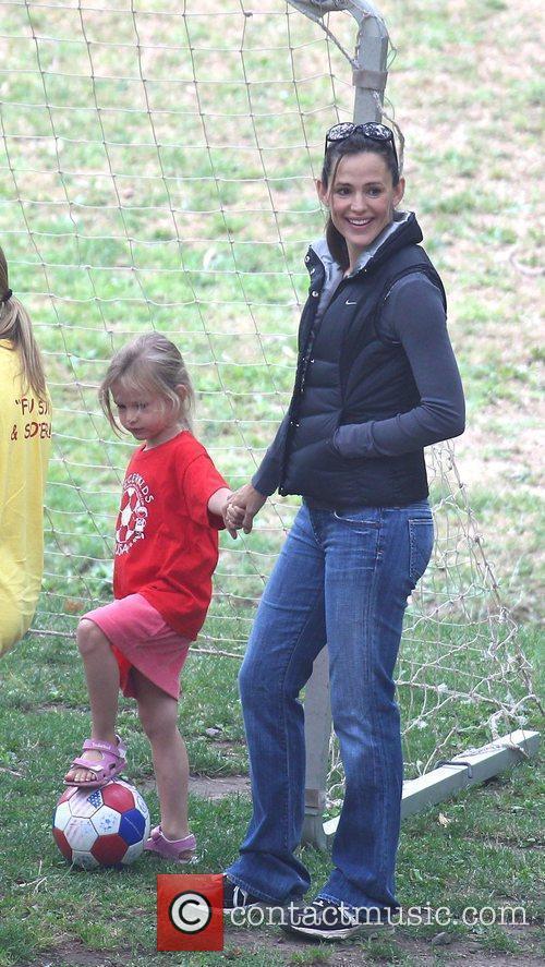 Jennifer Garner takes her daughter Violet Anne to...