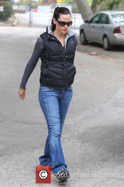 Jennifer Garner arrives at a Park in Santa...