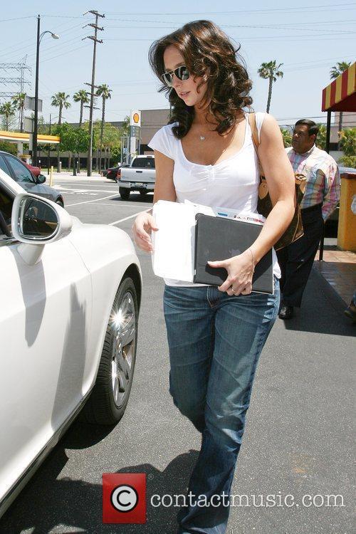 Jennifer Love Hewitt 6