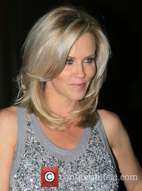 Jenny Mccarthy Hair Color Lowlights To Download Jenny Mccarthy Hair ...