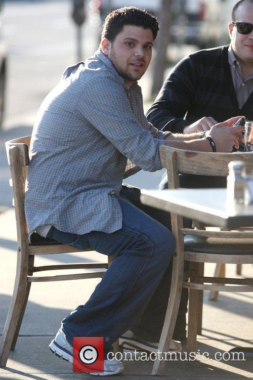 Jerry Ferrara enjoys lunch with friends at Toast...