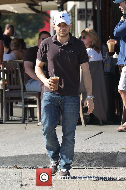 'The Entourage' star having lunch in Hollywood.