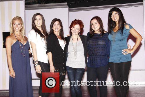 Dina Manzo, Ashley Holmes, Jacqueline Laurita, Caroline Manzo, Lauren Manzo and Teresa Giudice 1