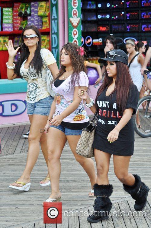 Nicole Polizzi, Deena Cortese and Jenni Farley 7