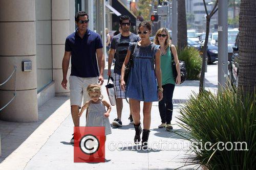 Jessica Alba, Cash Warren and Honor Marie Warren 12
