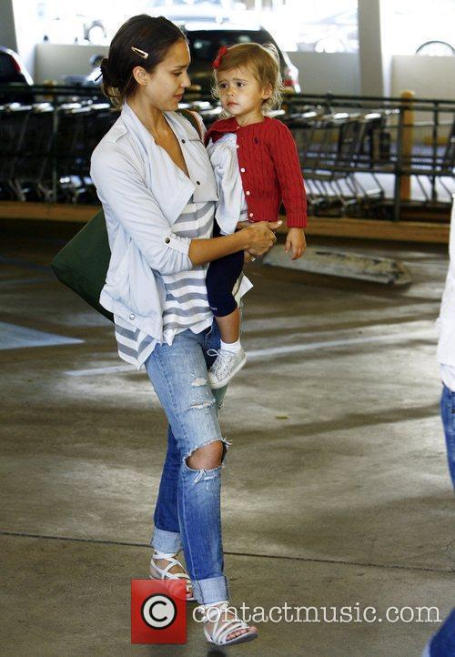 Jessica Alba and Her Daughter Honor Marie Warren 3