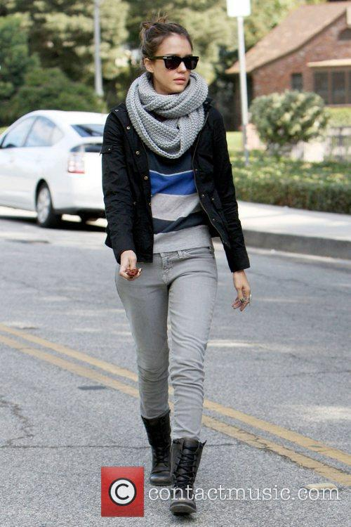 Jessica Alba 8