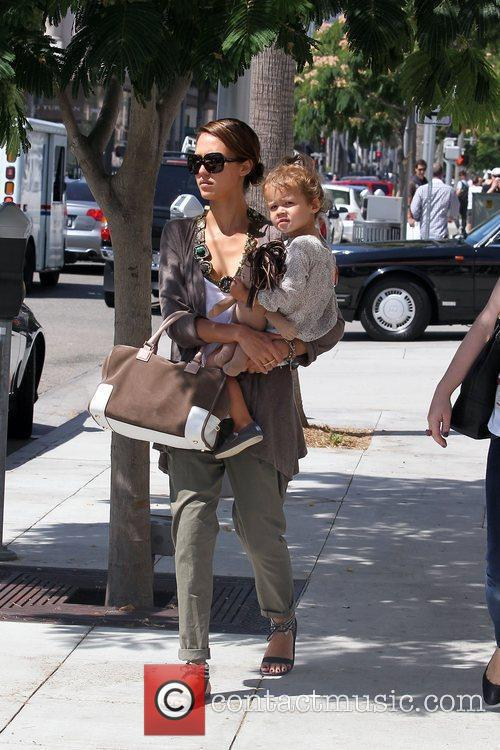 Jessica Alba and her daughter Honor Marie Warren go shopping in Beverly Hills 11