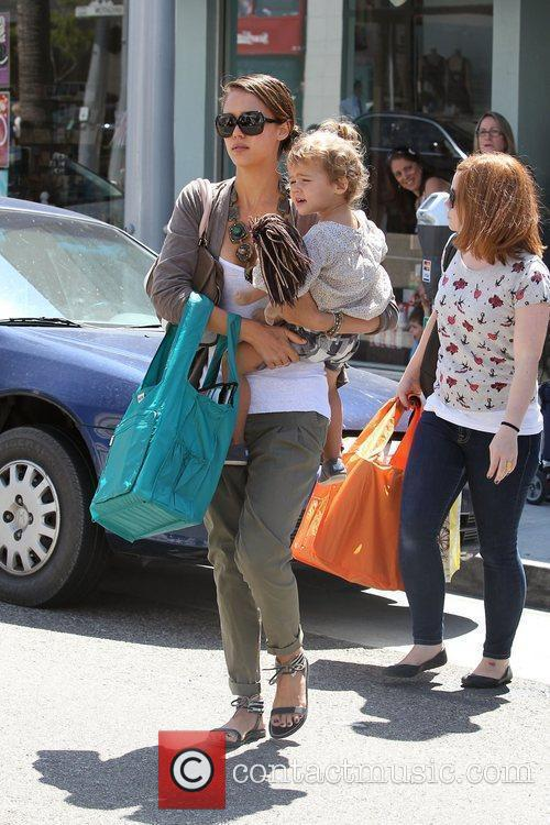 Jessica Alba and her daughter Honor Marie Warren go shopping in Beverly Hills 14