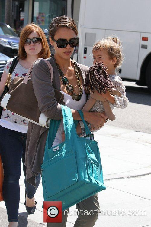 Jessica Alba and her daughter Honor Marie Warren go shopping in Beverly Hills 6