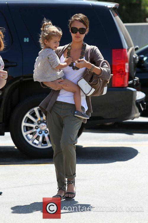 Jessica Alba and her daughter Honor Marie Warren go shopping in Beverly Hills 13