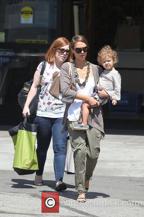 Jessica Alba and her daughter Honor Marie Warren go shopping at Rite Aid in Beverly Hills 6