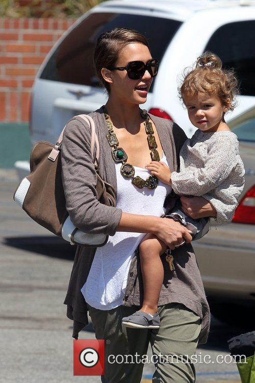 Jessica Alba and Her Daughter Honor Marie Warren Go Shopping At Rite Aid In Beverly Hills 4