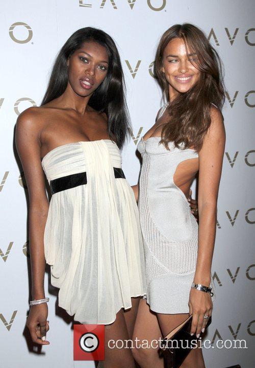 Models Jessica White and Jessica White