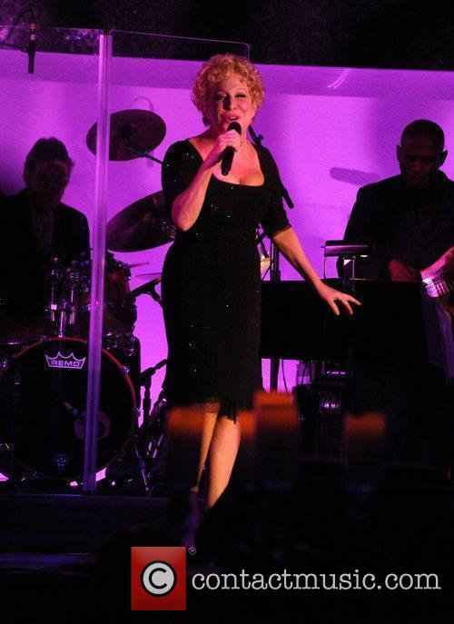 Bette Midler National Museum of American Jewish History...